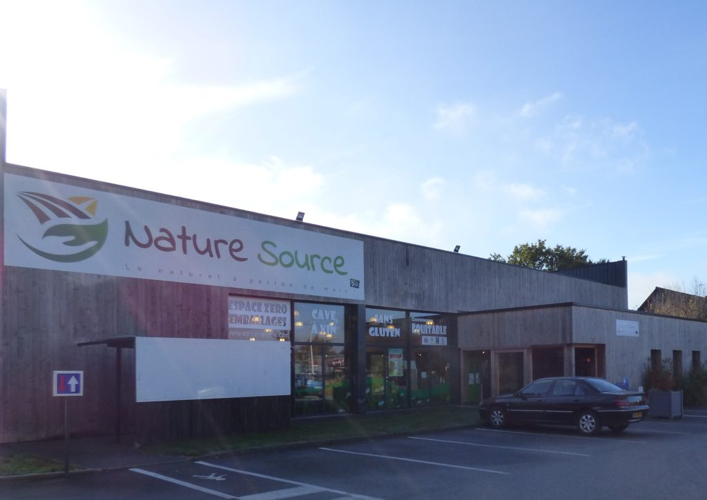 devanture nature source magasin bio